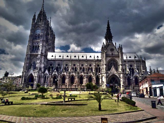 La Basílica de Quito