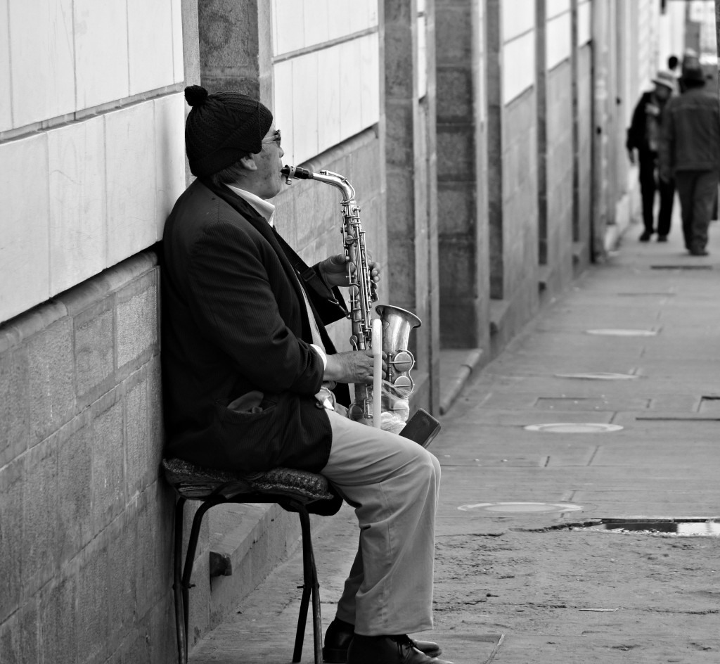 Saxophone player in Sucre