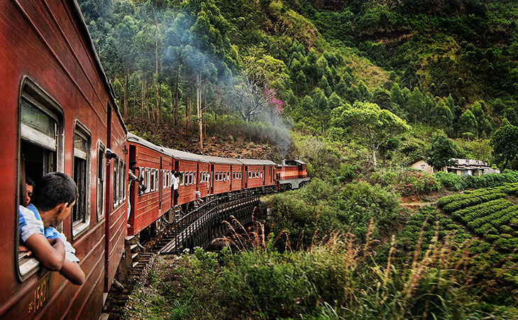 Train-Ride-Sri-Lanka
